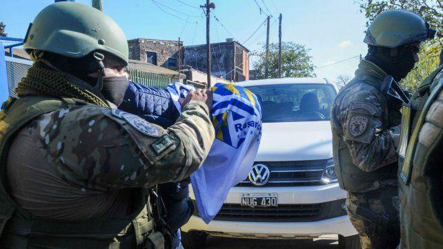 Martínez es sacado de su casa por efectivos de la Tropa de Operaciones Especiales. Eso ocurrió el jueves.