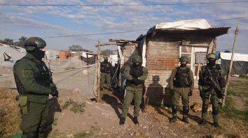 Personal de Gendarmería Nacional durantye el operativo donde se desbarató una banda narco.