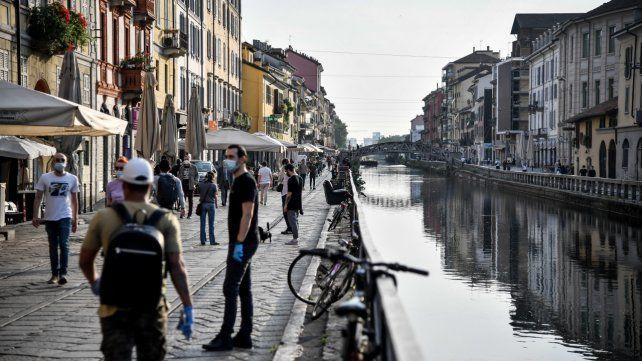 Italia registra un aumento de casos por quintodía consecutivo