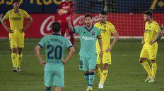 ¿Todo ok? Messi, con la cinta de capitán, participó en dos de los goles de Barcelona.