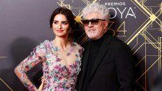 El director español junto a la actriz Penélope Cruz.