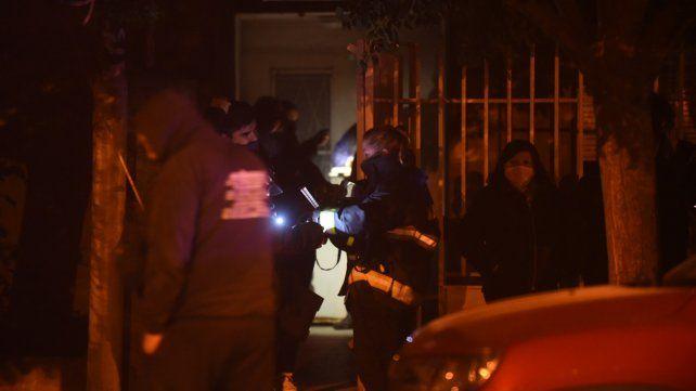Dos personas fueron halladas muertas en una casa de la zona sur e investigan las causas