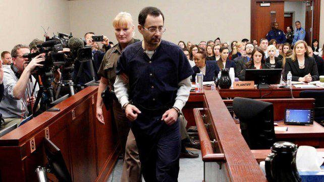 Larry Nassar fue condenado a 175 años de prisión por los abusos sexuales.