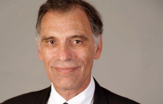 El doctor Schiavone, rector de la UCA.