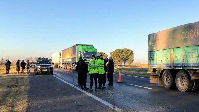 Una mujer resultó herida al ser chocada por un camión en la autopista a Santa Fe