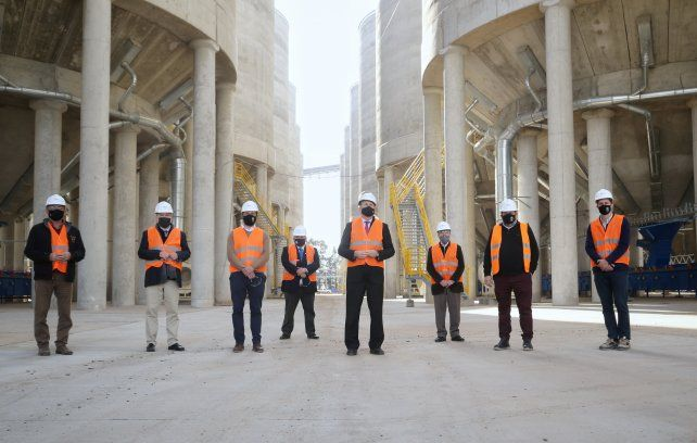 Perotti: Estamos orgullosos de que la zona de la hidrovía siga montando infraestructura moderna