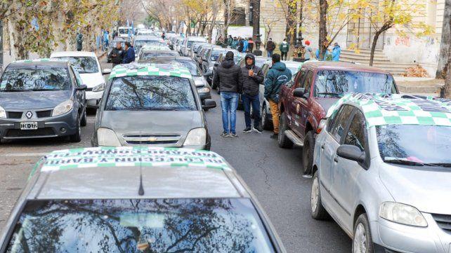 Vicentin: fuerte respaldo en el Monumento a la Bandera a la intervención estatal