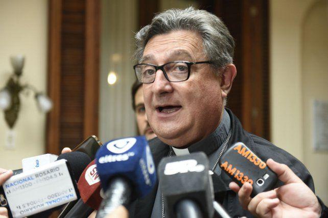 El Arzobispado habló sobre las denuncia contra Martín por usurpar funciones