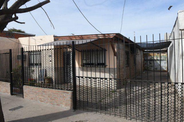 El frente del negocio donde ocurrió el violento hecho.