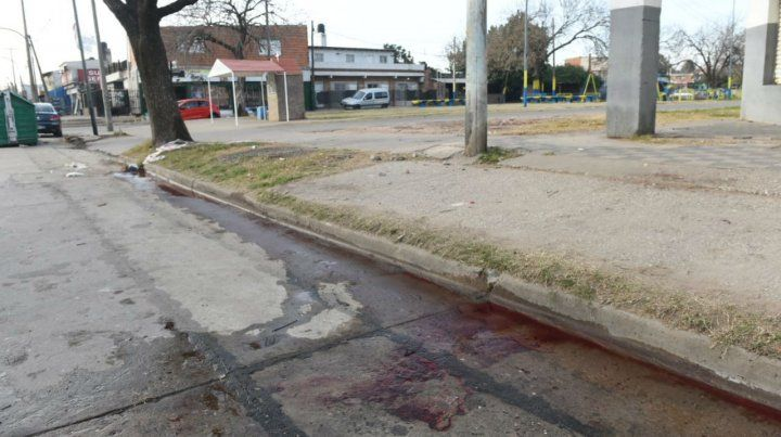 Asesinaron a un joven de un tiro en la cabeza en la zona norte