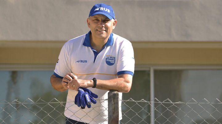 Mauro Medinase puso los guantes. El ahora empresario que representa a la ciudad con su equipo de TC apuesta a trascender en la máxima categoría