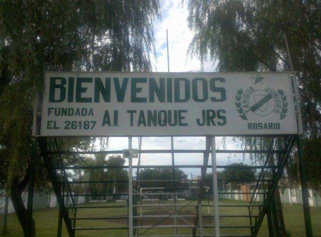 Tanque Juniors, un club con origen dramático y final feliz