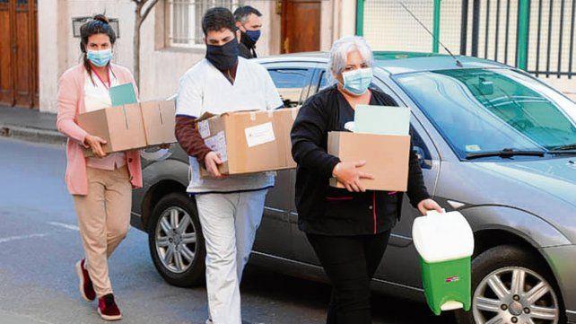 Plan Detectar. El personal de Salud relevó a 60 personas del edificio.
