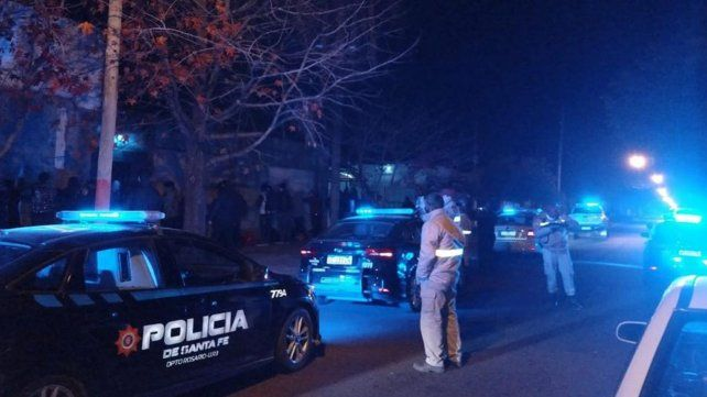 Demoraron a cuarenta personas que participaban en una fiesta clandestina en zona oeste