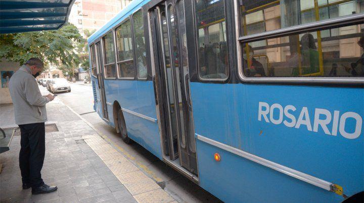 Rosario lleva 13 días sin servicio.