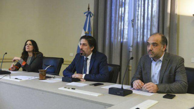 Nicolás Trotta encabezó el anuncio junto a Gabriela Diker y Matías Novoa Haidar (Foto: Ministerio de Educación).