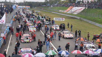 Grilla de partida para la histórica largada del TC en Rosario, del 5 de mayo de 2019. La categoría pretende iniciar el año en el Fangio.