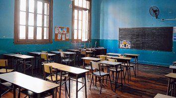 Los sindicatos de los docentes de las escuelas públicas y privadas realizan un paro por 48 horas hoy y mañana.