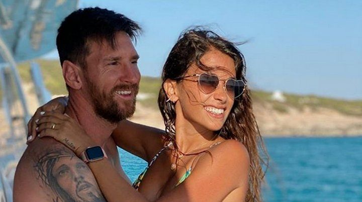 Messi y Antonella disfrutaron de unas cortas vacaciones en Ibiza.