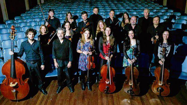 Formación. Un total de 19 músicos integran la orquesta.