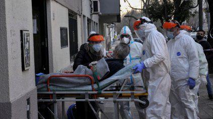 El total de infectados por coronavirus en el país es de 241.811.