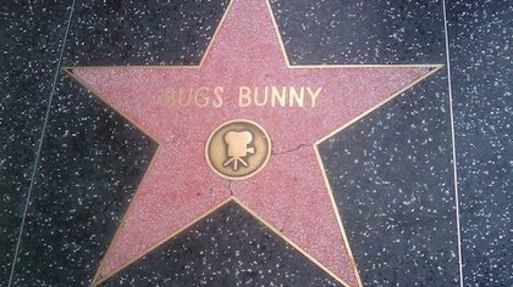 Bugs Bunny festeja 80 años y va por más