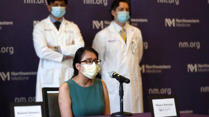 Le hicieron un trasplante doble de pulmón por coronavirus