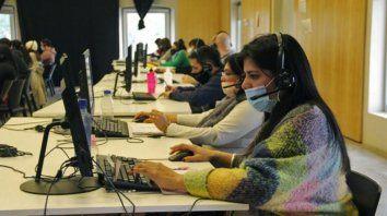 Operadores. El sistema comenzó a funcionar el pasado 13 de marzo. El personal se capacitó para atender cada situación.