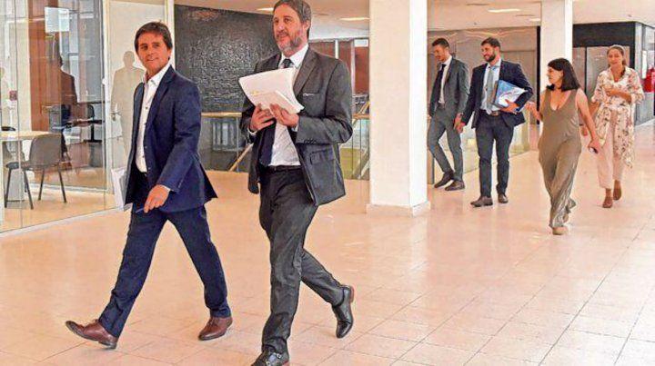 De frente. Luis Schiappa Pietra y Matías Edery encabezan la investigación que derivó.en las acusaciones.