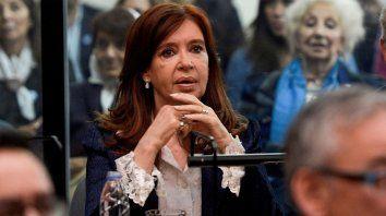 Con planteos contra el sistema remoto, se reanudó el juicio a Cristina Kirchner