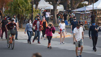 Los espacios públicos tuvieron una importante afluencia de público en un fin de semana cálido.