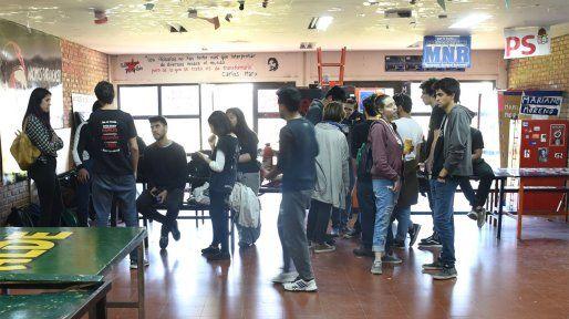 Inmobiliarias admiten que estudiantes del interior ya no vuelven a la ciudad