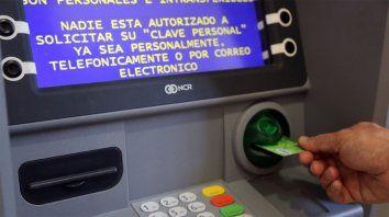 Los trabajadores estatales de la provincia recibirán un bono extraordinario de 3.000 pesos.