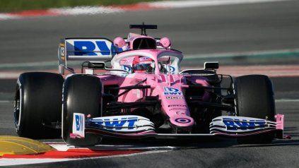 Sergio Pérez a bordo del Racing Point en el GP de Estiria. El equipo fue multado y Checo no podrá correr pero por el coronavirus.