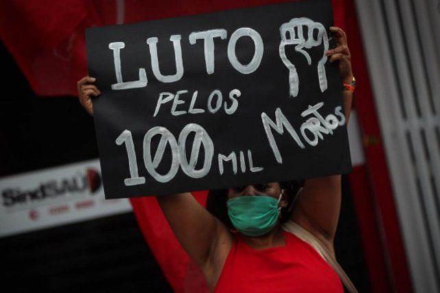 Brasil de luto por sus más de 100 mil muertos por coronavirus.