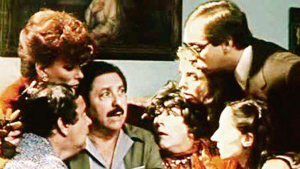 """Icono. """"Esperando la carroza"""", una de las películas claves del cine nacional."""