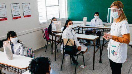 San Juan. Los estudiantes y maestros volvieron con un protocolo.