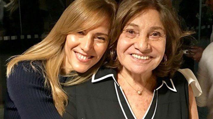 Berta junto a su hija Marina Borensztein.