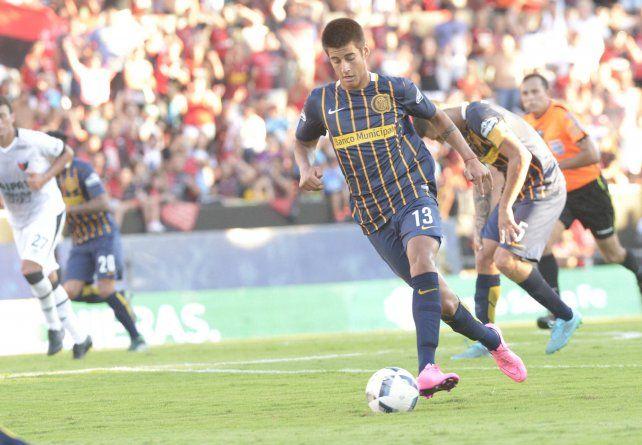 Joaquín Pereyra, en su debut en cancha de Colón, con el Central del Coudet.