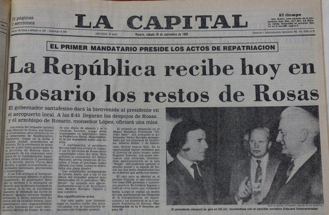 El anuncio del mismo día de la repatriación de los restos de Juan Manuel de Rosas.