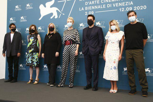 Blanchett encabeza un jurado que incluye al actor estadounidense Matt Dillon, la directora austriaca Veronika Franz, la directora británica Joanna Hogg, el escritor italiano Nicola Lagioia, el director alemán Christian Petzold y la actriz francesa Ludivine Sagnier.