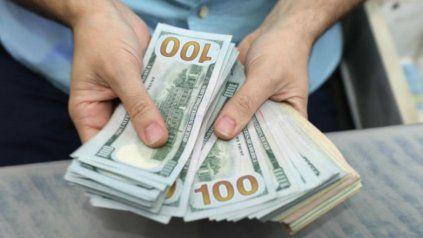 Los bancos vuelven a vender dólar ahorro a través del homebanking