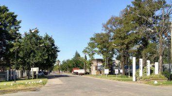 La comuna de Carlos Pellegrini está ubicada a 120 kilómetros de Rosario, aproximadamente.