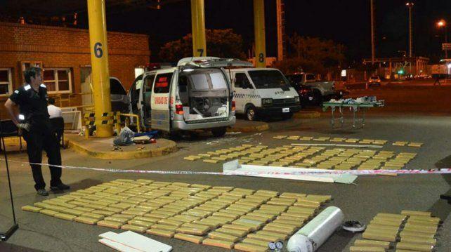 Descubiertos. La noche en que el personal de Aduana encontró el cargamento.