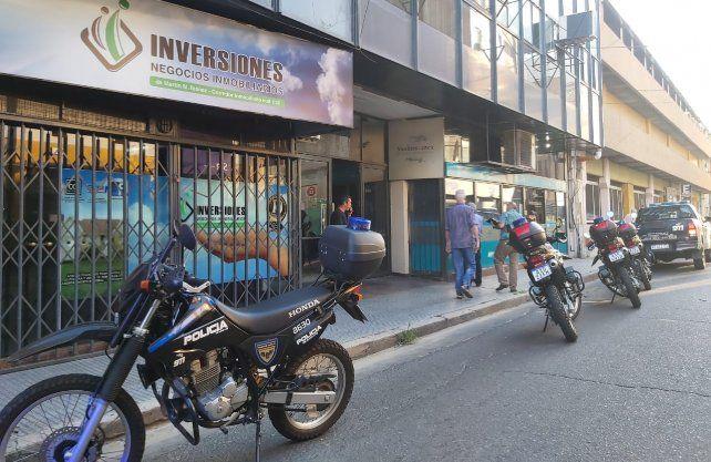El asalto se produjo minutos antes de las 18 en pleno centro santafesino.