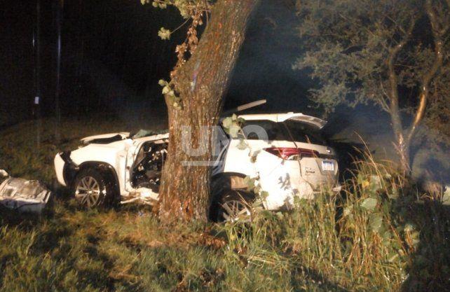 Un muerto y cuatro heridos en un violento choque en la Autovía 19