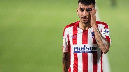 Atlético de Madrid confirmó que Ángel Correa dio positivo de coronavirus.