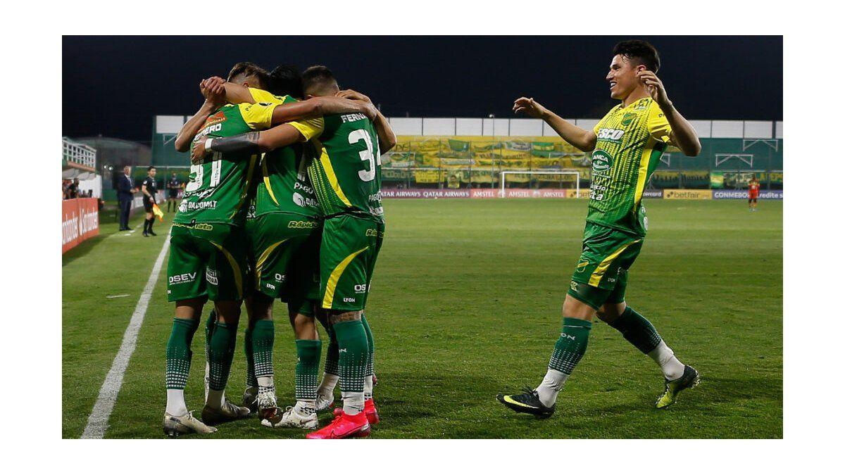 Defensa y Justicia ganó, gustó y goléo con goles de exColón   Defensa y  Justicia, Copa Libertadores