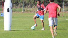 El Vasco Azconzábal no termina de definir el bloque defensivo de Unión.