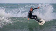 Passeri, a los 45, es el campeón nacional vigente de surf. Además es el coach y referente de cómo ser un profesional sin perder la diversión.